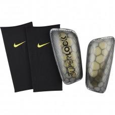 Blauzdų apsaugos Nike Mercurial Flylite Super Lock SP2160 060